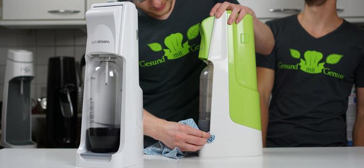 SodaStream Cool wird gereinigt