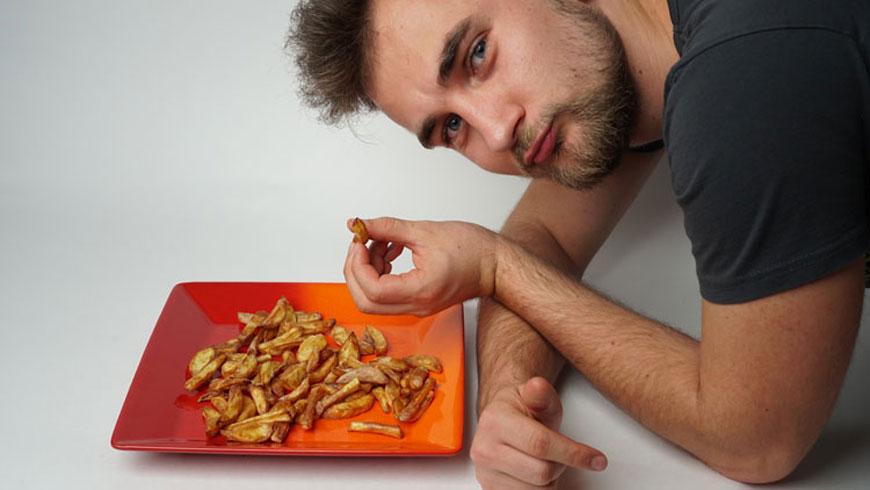 Pommes-selbstgemacht-in-der-Heissluftfritteuse